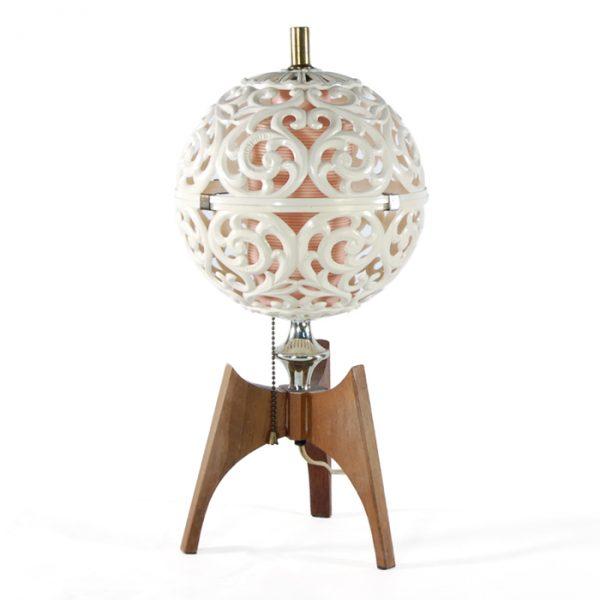 Lampe boule vintage #1746A   L10 x P7 x H18 po   qté 1